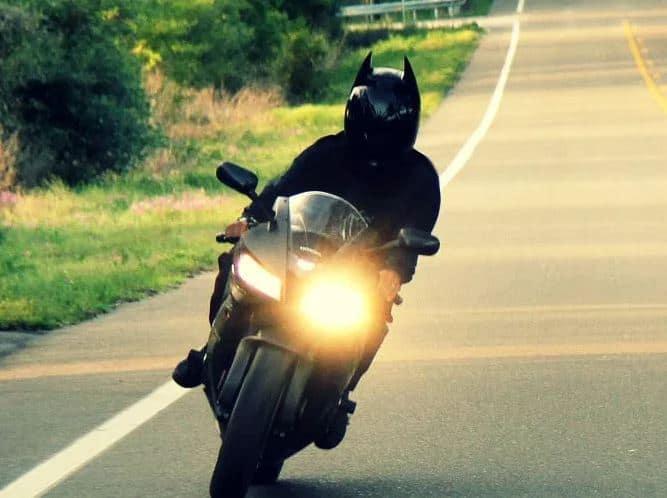 Casque Moto Batman Pour Les Motards Passionnés Monsieur Motofr