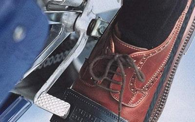 Quel protège chaussure moto choisir ?