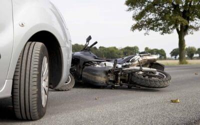 Que faire lors d'un accident de moto avec un tiers non identifié ?