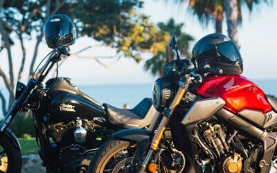 HJC débute l'année 2021 avec un casque moto tout en carbone : le F70
