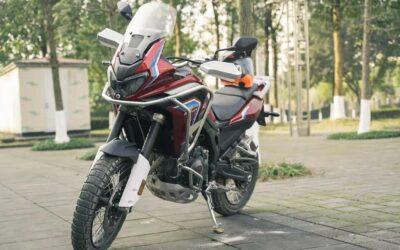 Une autonomie de 1 000 km avec la copie chinoise de la Honda Africa Twin