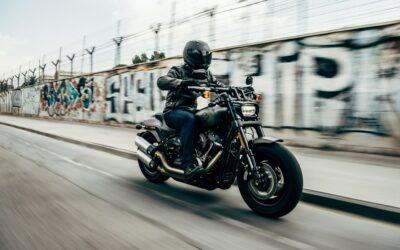 Mon assurance moto me couvre-t-elle si je débride ma moto ?