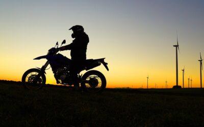 Par quel moyen financer son permis moto ?