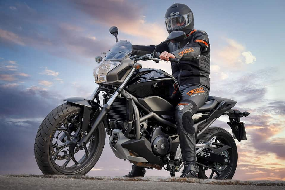 Guide taille : pantalon moto
